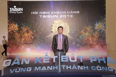 Taisun-Hoi-Nghi-Khach-Hang-2019-instant-print-photobooth-chup-anh-in-hinh-lay-lien-Su-kien-WefieBox-photobooth-vietnam-000