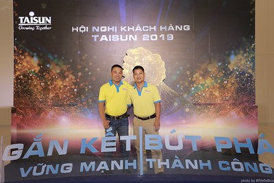 Taisun-Hoi-Nghi-Khach-Hang-2019-instant-print-photobooth-chup-anh-in-hinh-lay-lien-Su-kien-WefieBox-photobooth-vietnam-029