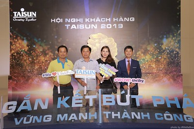 Taisun-Hoi-Nghi-Khach-Hang-2019-instant-print-photobooth-chup-anh-in-hinh-lay-lien-Su-kien-WefieBox-photobooth-vietnam-043