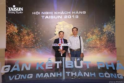 Taisun-Hoi-Nghi-Khach-Hang-2019-instant-print-photobooth-chup-anh-in-hinh-lay-lien-Su-kien-WefieBox-photobooth-vietnam-033