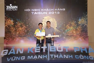Taisun-Hoi-Nghi-Khach-Hang-2019-instant-print-photobooth-chup-anh-in-hinh-lay-lien-Su-kien-WefieBox-photobooth-vietnam-036