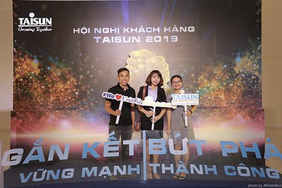 Taisun-Hoi-Nghi-Khach-Hang-2019-instant-print-photobooth-chup-anh-in-hinh-lay-lien-Su-kien-WefieBox-photobooth-vietnam-030
