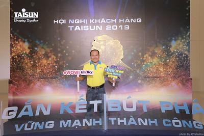 Taisun-Hoi-Nghi-Khach-Hang-2019-instant-print-photobooth-chup-anh-in-hinh-lay-lien-Su-kien-WefieBox-photobooth-vietnam-040