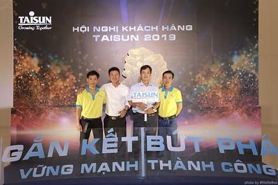 Taisun-Hoi-Nghi-Khach-Hang-2019-instant-print-photobooth-chup-anh-in-hinh-lay-lien-Su-kien-WefieBox-photobooth-vietnam-007