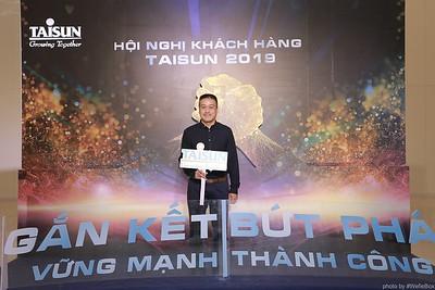 Taisun-Hoi-Nghi-Khach-Hang-2019-instant-print-photobooth-chup-anh-in-hinh-lay-lien-Su-kien-WefieBox-photobooth-vietnam-046