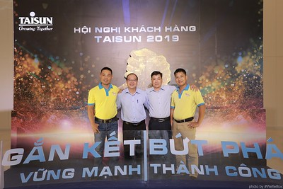 Taisun-Hoi-Nghi-Khach-Hang-2019-instant-print-photobooth-chup-anh-in-hinh-lay-lien-Su-kien-WefieBox-photobooth-vietnam-027