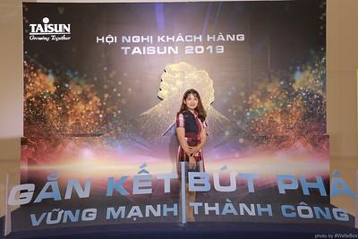 Taisun-Hoi-Nghi-Khach-Hang-2019-instant-print-photobooth-chup-anh-in-hinh-lay-lien-Su-kien-WefieBox-photobooth-vietnam-001