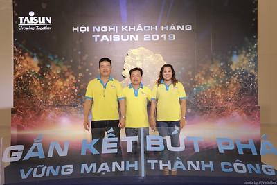 Taisun-Hoi-Nghi-Khach-Hang-2019-instant-print-photobooth-chup-anh-in-hinh-lay-lien-Su-kien-WefieBox-photobooth-vietnam-002