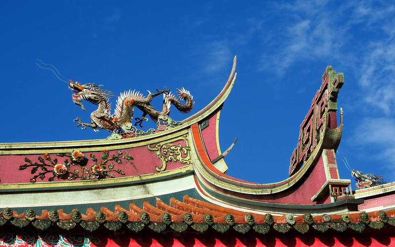 Temple hopping in Taipei