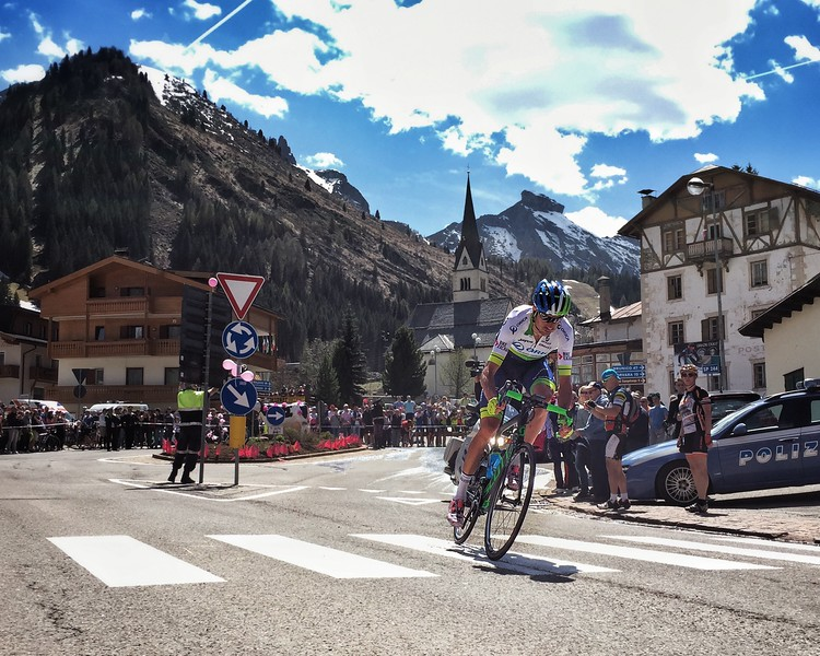 An Orica Greenedge rider Ruben Plaza first to complete Sella Ronda at Giro