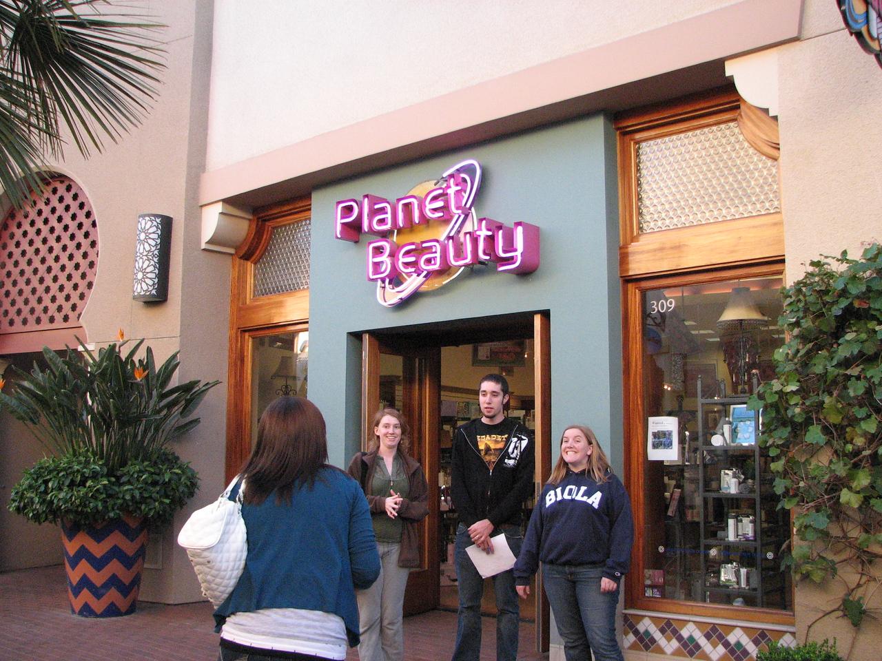 2007 03 02 Fri - Scavenger Hunt - Planet Beauty