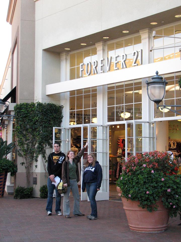 2007 03 02 Fri - Scavenger Hunt - John Dunn's fav store