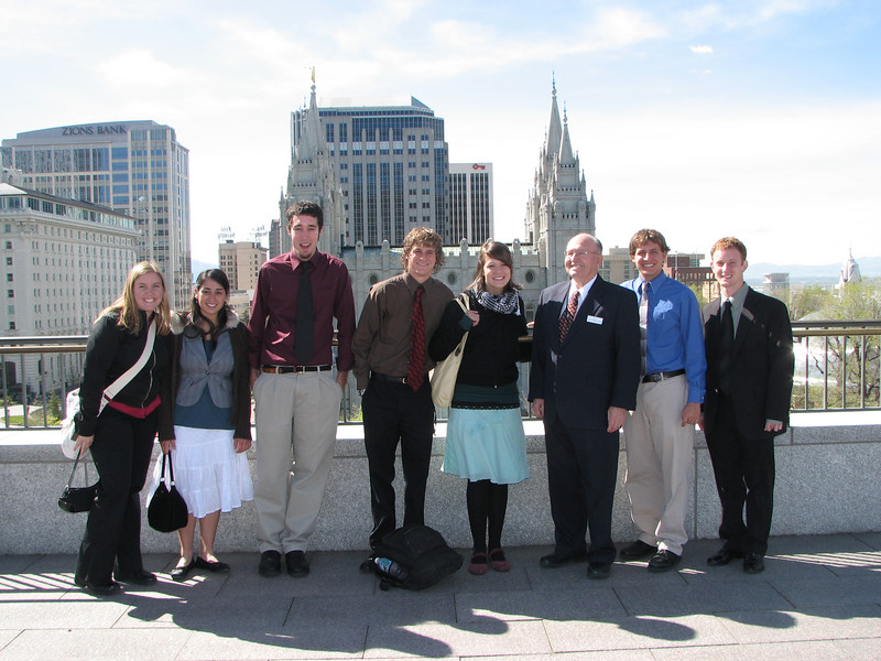 2007 04 11 Wed - Temple Square - Group pic with tour guide on Conference Center rooftop