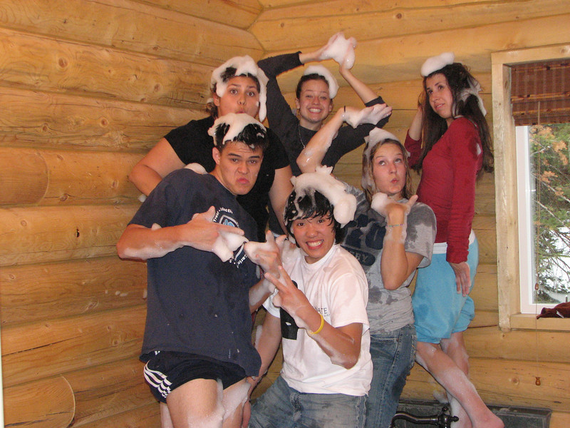 2007 04 14 Sat - Debrief Cabin - John Stringer, Alex Horn, Emily Johnson, Chris Yap, Kari Walton, & Angelina D'Angelo in bubble-fight 2