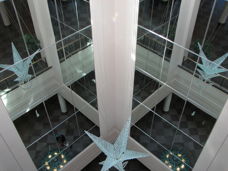 2007 04 11 Wed - Temple Square - 'Piece of Glass' sculpture in Convention Center 2