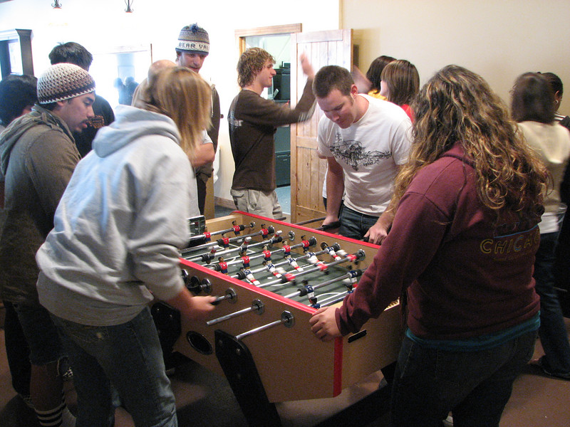 2007 04 13 Fri - Calvary Mountain View - Dan Perez & Kari Walton take on Gordo Hendrickson in foosball