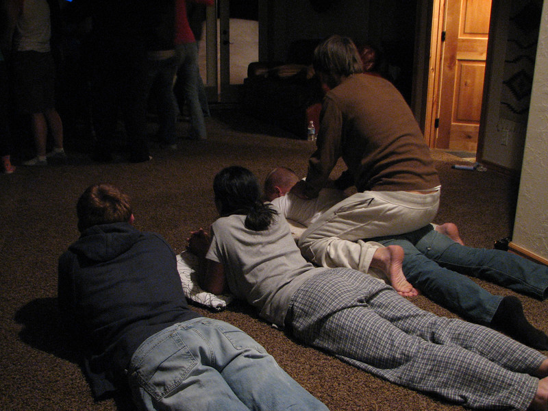 2007 04 14 Sat - Debrief Cabin - Josh Jones, Marisa Casias, Billy Maxfield, & Adam Moon observe the DP