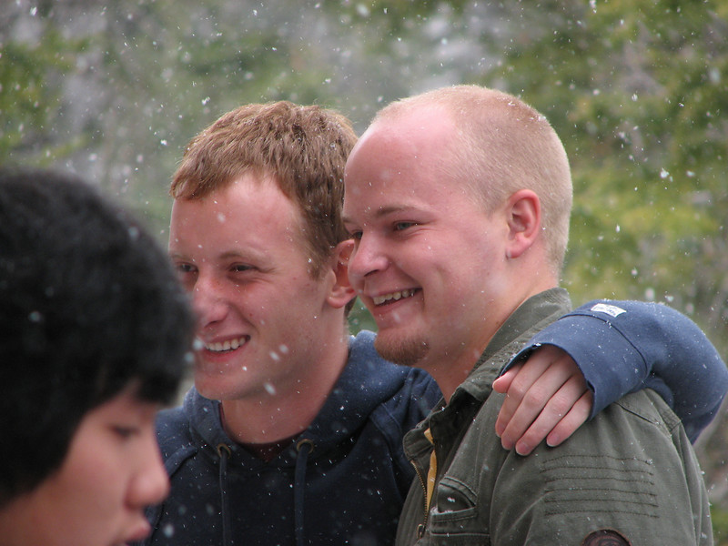 2007 04 15 Sun - Debrief Cabin - Josh Jones & Billy Maxfield on deck