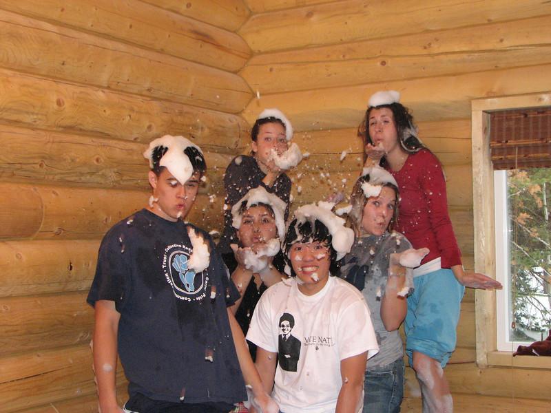 2007 04 14 Sat - Debrief Cabin - John Stringer, Alex Horn, Emily Johnson, Chris Yap, Kari Walton, & Angelina D'Angelo in bubble-fight 1