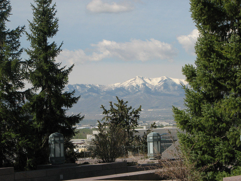 2007 04 11 Wed - Temple Square - View of mountains from Conference Center rooftop