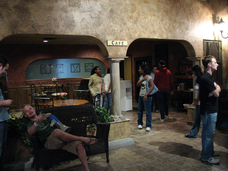 2007 04 07 Sat - The Adventure Church lobby café 4