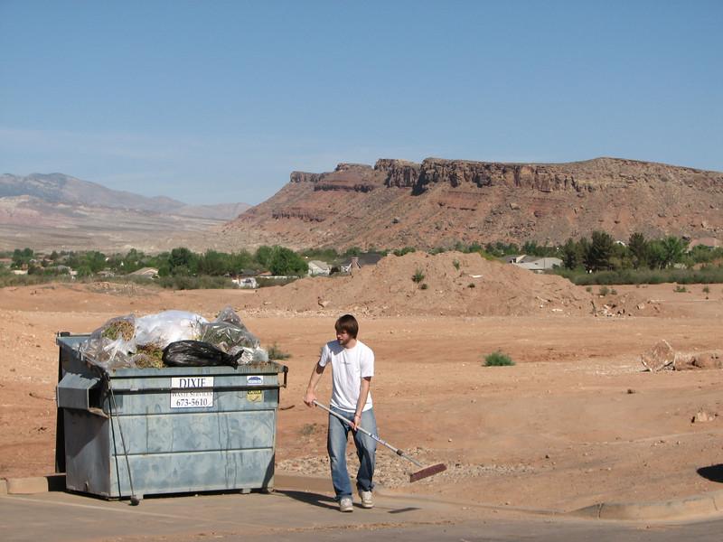 2007 04 07 Sat - Adam Moon & garbage bin