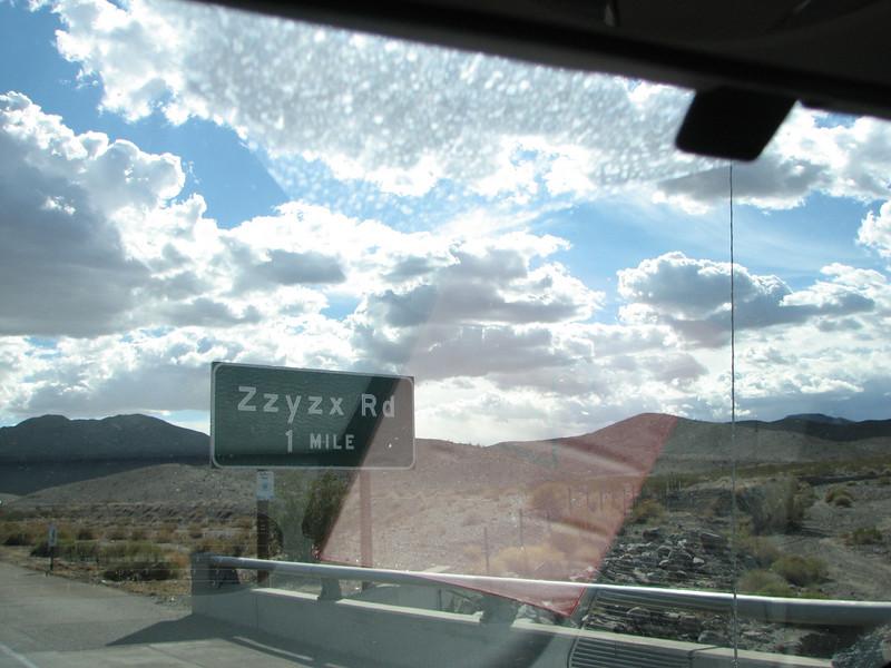 2007 04 15 Sun - Zzyzx Rd 1
