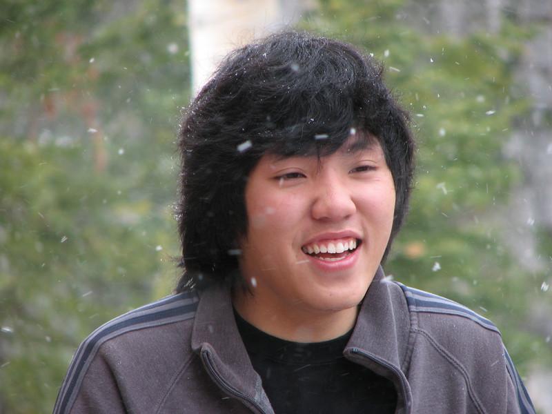 2007 04 15 Sun - Debrief Cabin - Chris Yap on deck