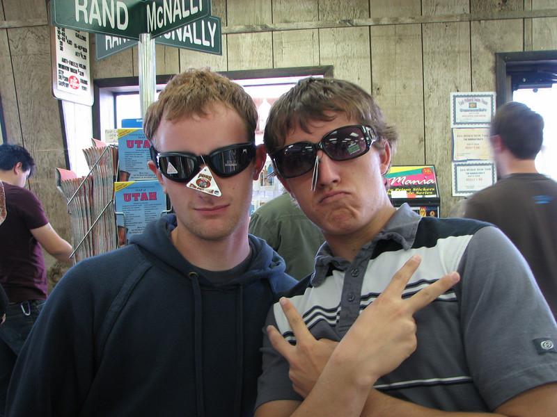 2007 04 14 Sat - Pit stop - Josh Jones & Justin Barr sportin' shades
