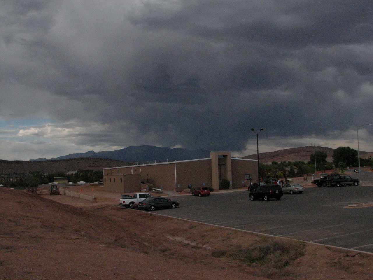 2007 04 06 Fri - Dark rain clouds over Calvary Chapel St  George 2