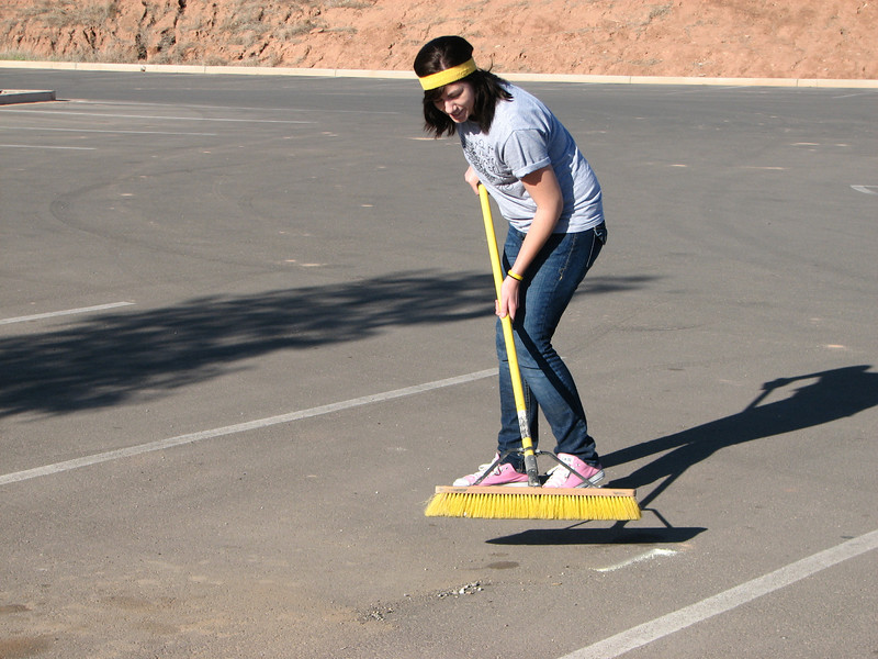 2007 04 07 Sat - Heather Olson sportin' a sweatband while sweepin' 2
