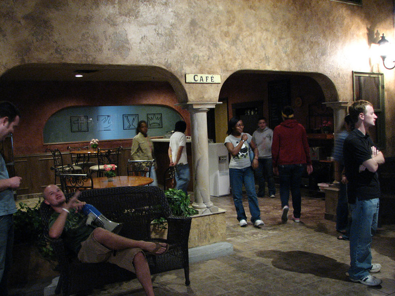 2007 04 07 Sat - The Adventure Church lobby café 3