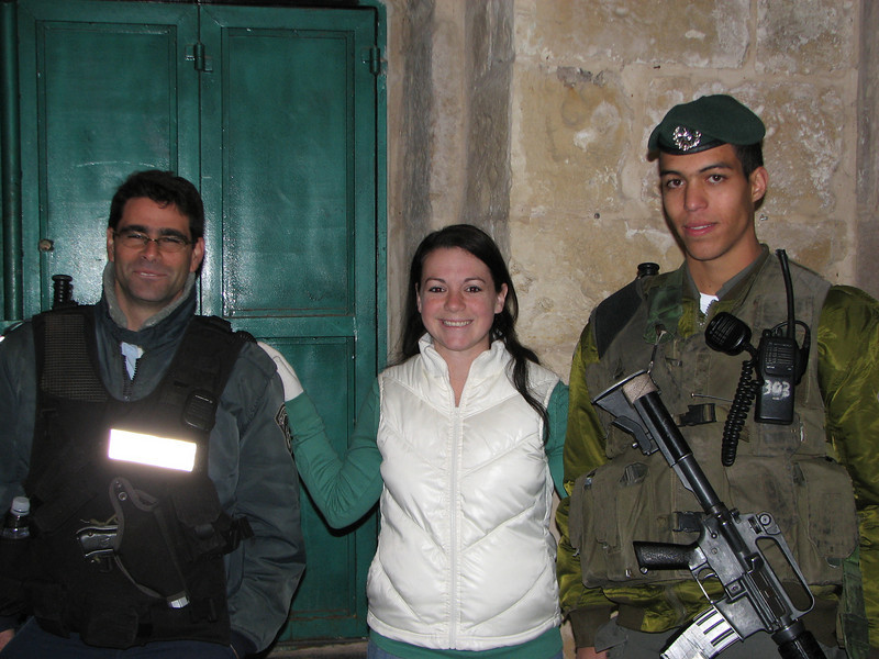 2007 12 31 Mon - Kimberly Boiko & 2 Israeli soldiers 2