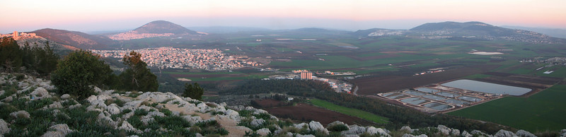 Mt Tabor, Jezreel Valley, Hill of Moreh from Nazareth panoramic