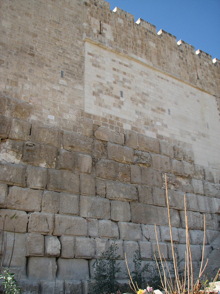 2007 12 29 Sat - Old City walk - Eastern Temple Mount Wall - layers of wall from various time periods
