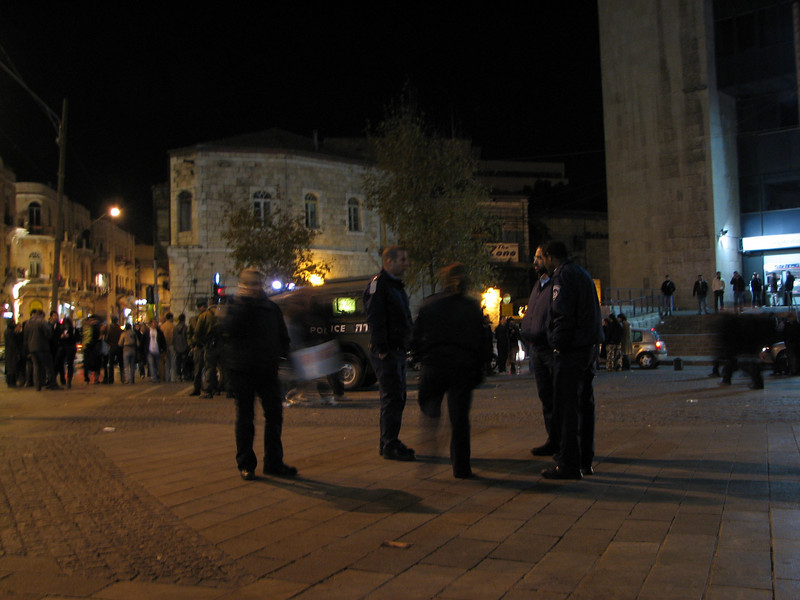 2008 01 01 Tue - Israeli police @ Ben Yahuda district on New Year's Eve