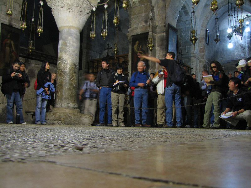 2007 12 29 Sat - Old City walk - Nate Foreman lecture inside Church of the Holy Sepulcre