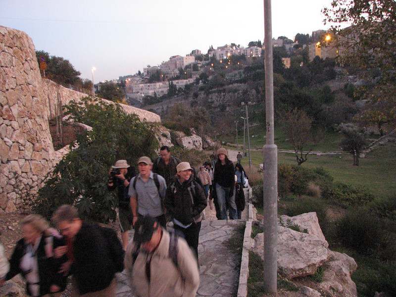 2007 12 30 Sun - Walking through Hinnom Valley, Gehenna, or hell 4