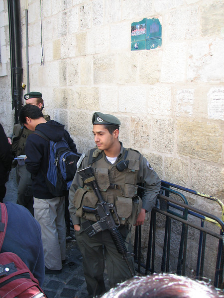 2007 12 29 Sat - Old City walk - Israeli soldier chillin'