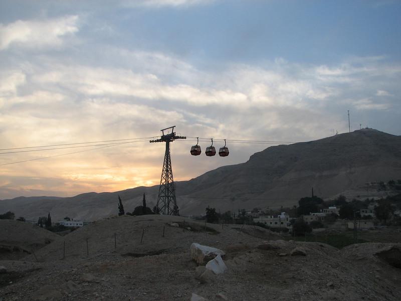 2008 01 01 Tue - Ski lift