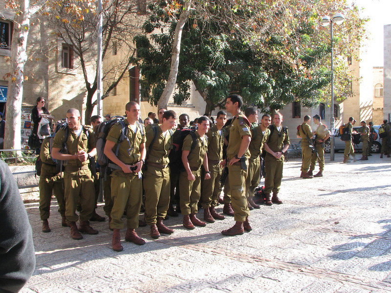 2007 12 30 Sun - Israeli soldiers in training in Jewish Quarter