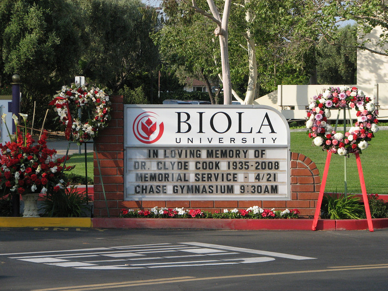 2008 04 17 Thu - Biola Ave gate memorial of Dr  Clyde Cook 6