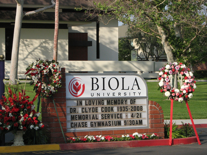 2008 04 17 Thu - Biola Ave gate memorial of Dr  Clyde Cook 1