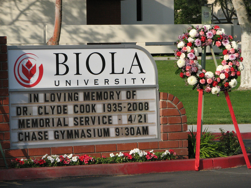 2008 04 17 Thu - Biola Ave gate memorial of Dr  Clyde Cook 4