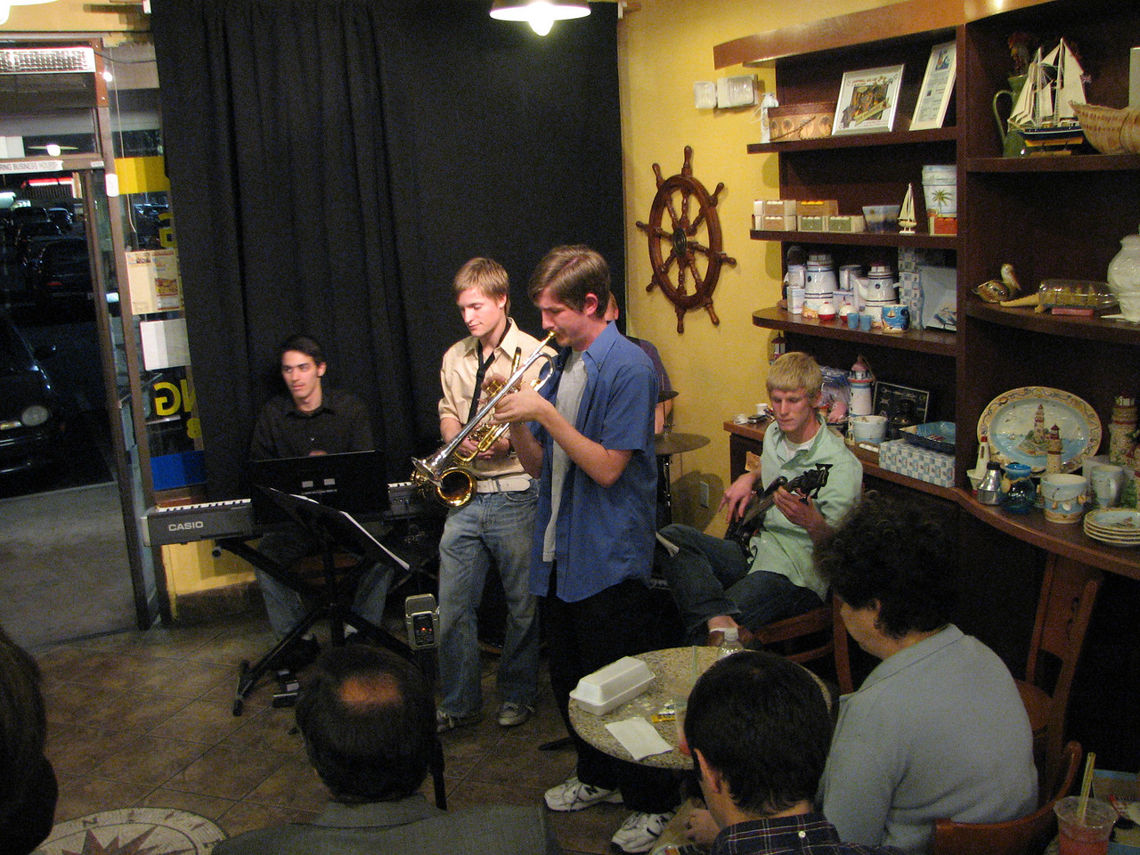 2008 03 19 Wed - Trevor Gomes et al  jazz combo @ The Big Straw 2