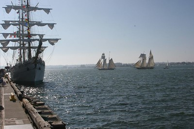 Cuauhtemoc (L), Californian and Lynx