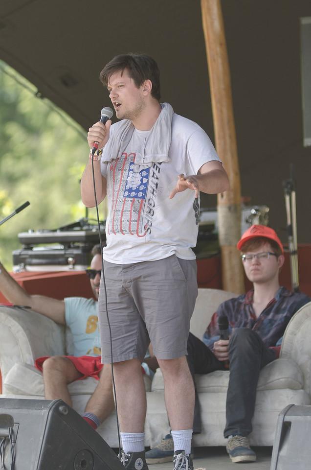 "Sunday Comedy<br /> ©DarkLakePhotography - Nick Zethof<br />  <a href=""http://www.facebook.com/darklakephotography"">http://www.facebook.com/darklakephotography</a>"