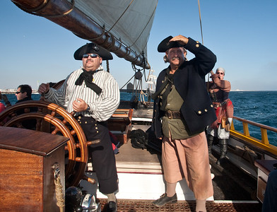 Captain Erik Berliner and Master gunner Gary Harper