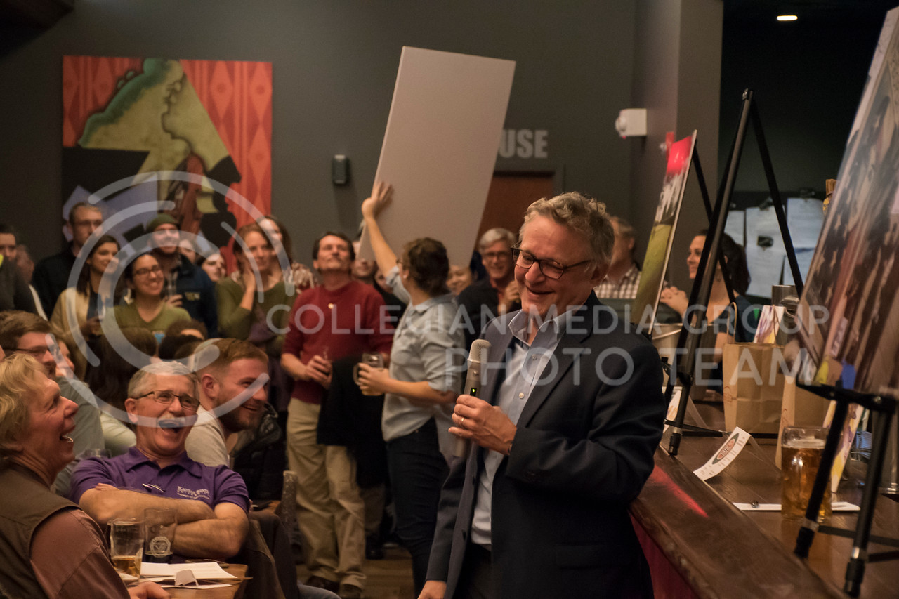 Joe Palca speaks about Avoiding Controversy When Covering Controversial Science at the Tallgrass Tap House for the Science MHK NPR event, in Manhattan, KS, on Nov. 8, 2017. (Olivia Bergmeier | Collegian Media Group)