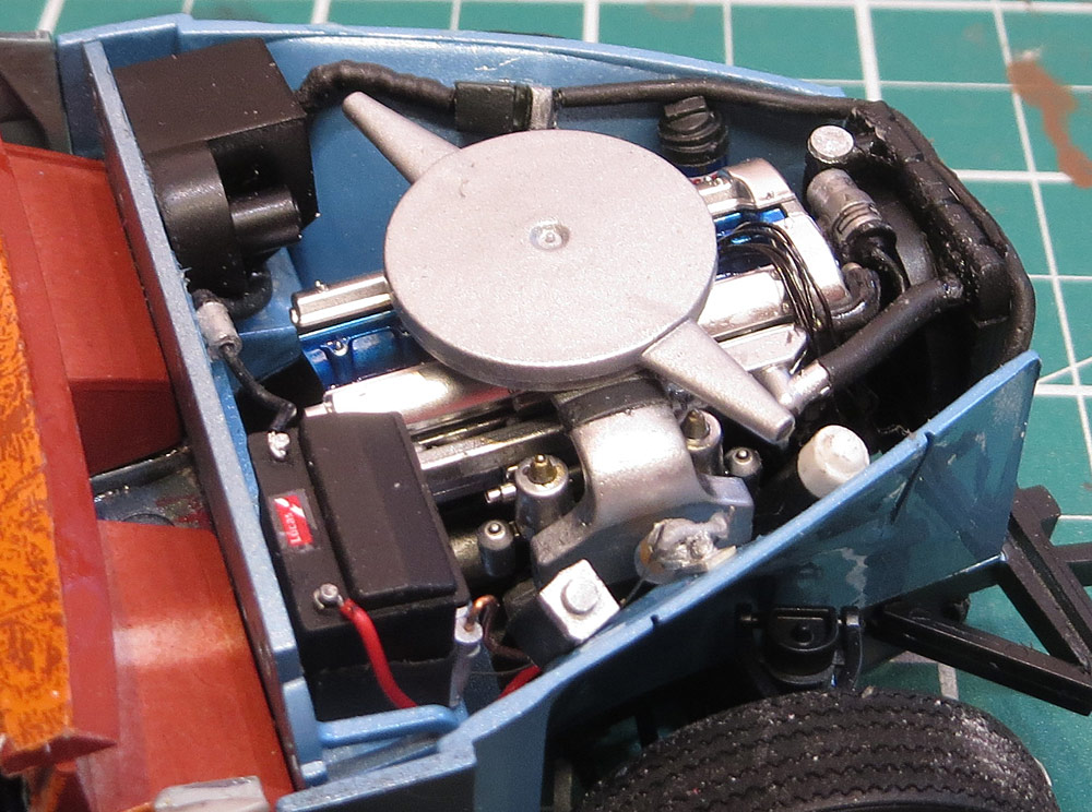 engine-bay-from-right.jpg